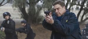 Agent Keenan und seine Männer wollen Cooper ans Leder (Bildquelle: Ascot Elite)