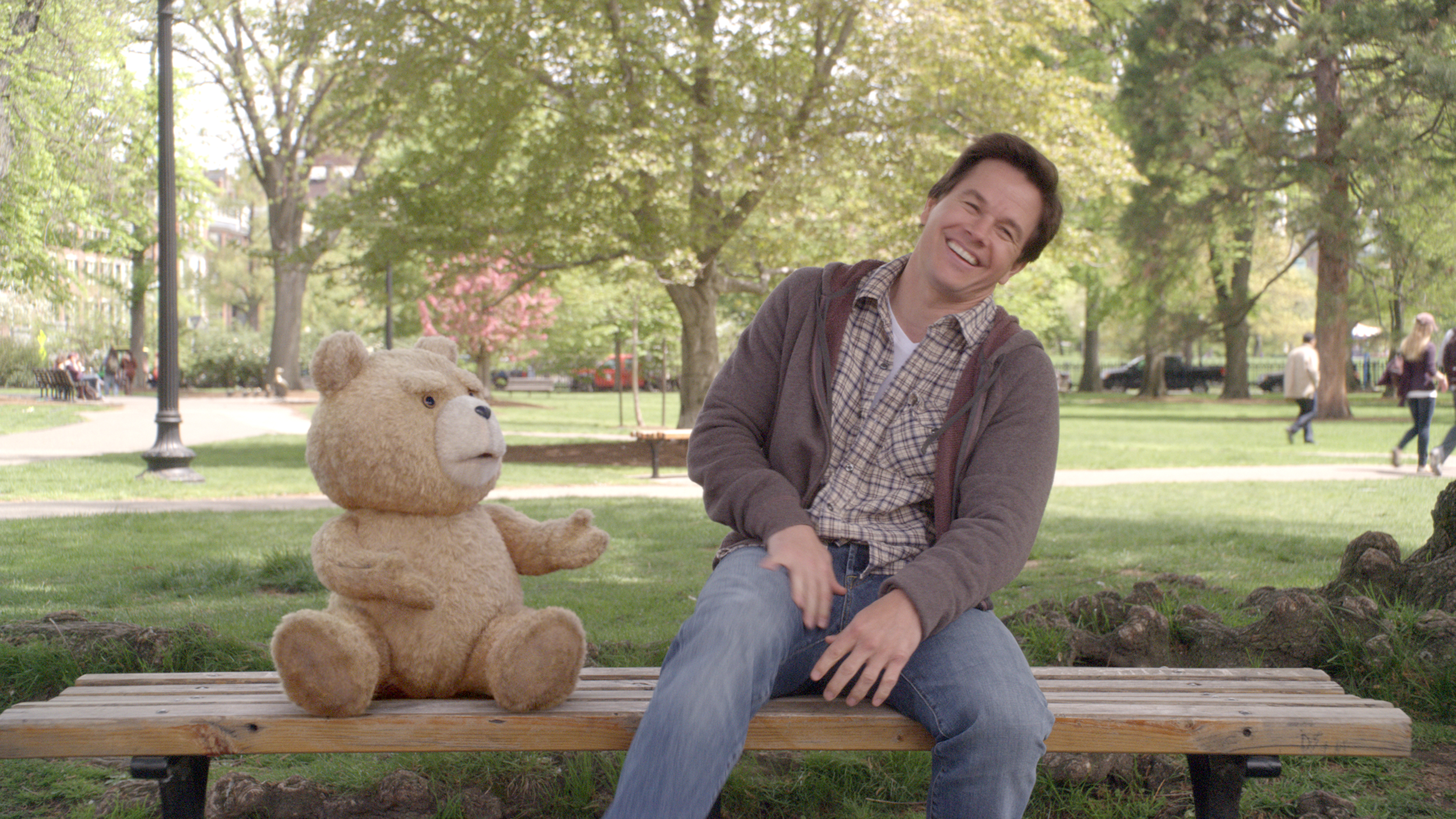 Ted mit Mark Wahlberg