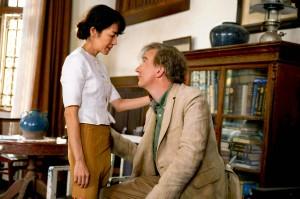 Aung San Suu Kyi mit ihrem Mann Michael (Quelle: Universum Film)