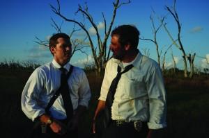 Mike und Brian in den Sümpfen (Quelle Ascot Elite)