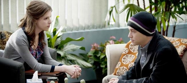 Adam bei Katherine in der Therapie (Quelle: Universum Film)