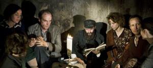 Die Gruppe der versteckten Juden (Quelle:nfp Marketing & Distribution)