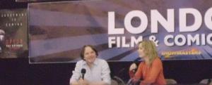 Melissa George mit Frank Spotnitz auf der London Film und Comic Con (Quelle: Thomas Trierweiler)