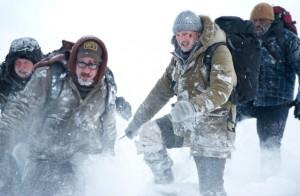 Die Truppe auf der Flucht vor den Wölfen (Quelle: Universum Film)