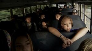 Im Schulbus geht für viele junge Leute die Hölle los (Quelle: Senator Home Entertainment)