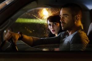 Victor und Beatrice sind im Auto unterwegs (Quelle: Wild Bunch Germany)