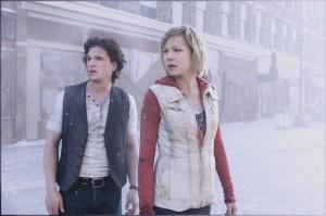 Heather und Vincent schwant Böses (Quelle: Concorde Home Entertainment)