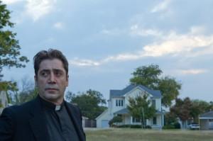 Vater Quintana hat seinen Glauben an Gott verloren (Quelle: StudioCanal)