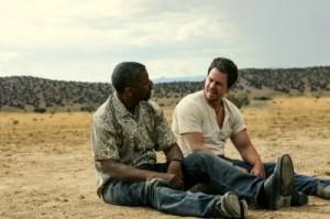 Bobby und Stig sind in der Wüste gestrandet (Quelle: Sony Pictures)