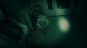 Im Dunklen soll der ungebetene Gast gefunden werden (Quelle: Universum Film)