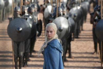 Die Mutter der Drachen möchte auf den Thron (Quelle: Warner Home Video)