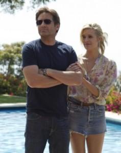 Hank gemeinsam mit seiner neuen Bekanntschaft Faith (Quelle: Paramount Pictures Home Entertainment)