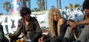 Jonah und Kelly leben auf der Straße (Quelle: Sony Pictures Home Entertainment)