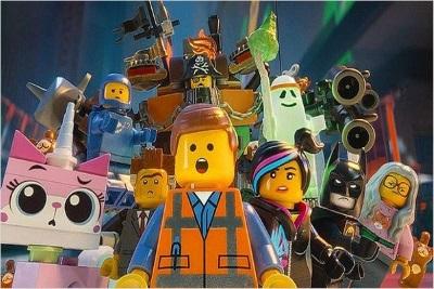 Die Lego-Welt rund um Emmet (Quelle: Warner Bros)