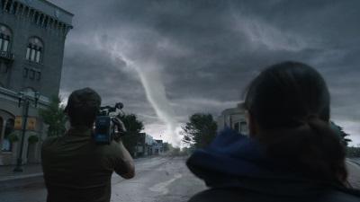 Die Journalisten kommen zu den Bildern ihres Lebens - für einen hohen Preis (Quelle: Warner Bros)