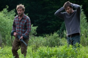 Lukas und Nathan haben etwas Furchtbares entdeckt (Quelle: Universum Film)