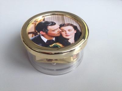 Spieluhr mit Clark Gable und Vivian Leigh