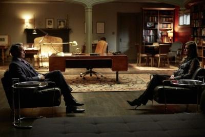 Hannibal manipuliert seinen Patienten (Quelle: StudioCanal)