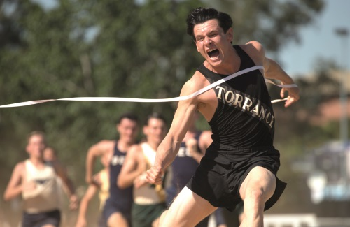 Louis wird zum besten jungen Langstreckenläufer Amerikas (Quelle: Universal Pictures)