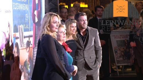 Die Stars des Films posieren für die Fotografen (Bild: Sven Eichen)