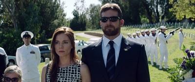 Auch Beerdigungen gehören zum Leben von Chris (Quelle: Warner Bros Pictures Germany)