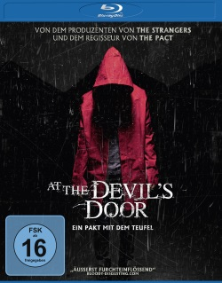 "Das Blu-ray-Cover von ""At the Devil's Door"" (Quelle: Universum Film)"