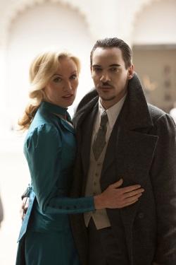 Als Alexander Grayson findet Dracula gesellschaftlichen Anklang (Quelle: Universal Pictures Germany)
