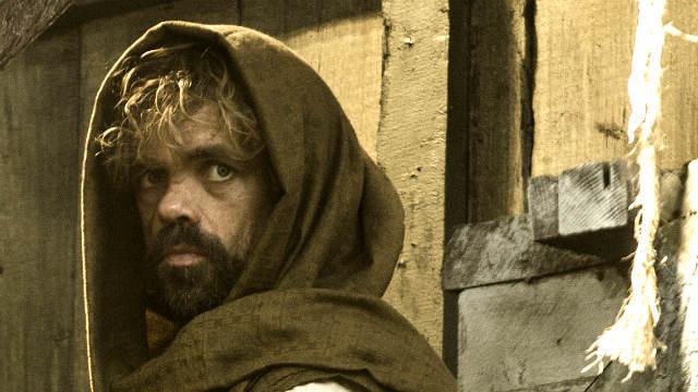 Tyrion muss sich vo seiner Schwester verstecken (Quelle: HBO)