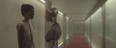 Ava ist die erste künstliche Intelligenz weltweit (Quelle: Universal Pictures)