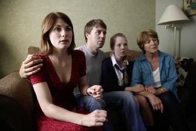 Die Latimer-Familie hat ihr jüngstes Mitglied verloren (Quelle: StudioCanal)