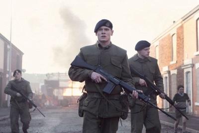Gary und seine Kollegen kommen bald zum Einsatz (© Ascot Elite)
