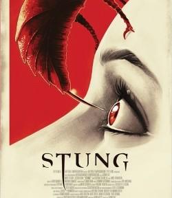 """Das Kino-Plakat von """"Stung"""" (© Splendid Film)"""
