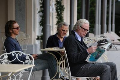 Der exzentrische Jimmy wird zum ständigen Wegbegleiter für Mick und Fred (© Wild Bunch Germany)