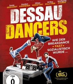 "Das DVD-Cover von ""Dessau Dancers"" (© Senator Film/WIld Bunch Germany)"