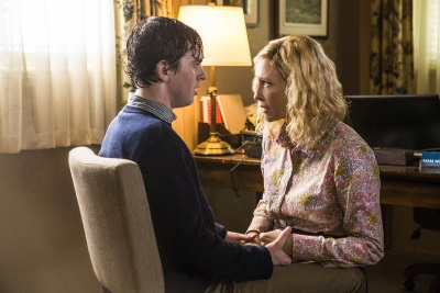 """""""Mutter"""" erkennt ihren Jungen nicht wieder (© Universal Pictures)"""