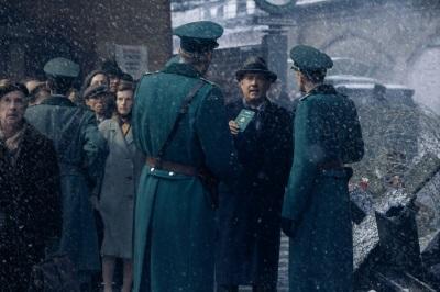 Donovan wird an der Grenze bedrängt (© 20th Century Fox)