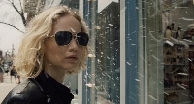 Doch auf sich gestellt ist Joy wesentlich erfolgreicher (© 20th Century Fox)