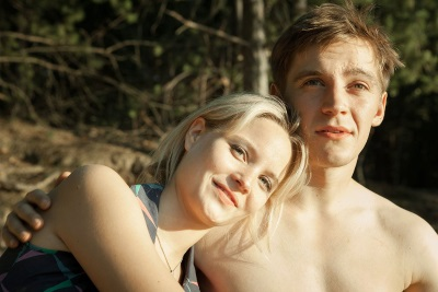Noch genießt Martin die gemeinsame Zeit mit Annett (© Universum Film)