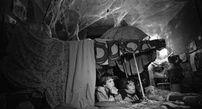 Die Kinder in der Höhle (© missingFILMS)