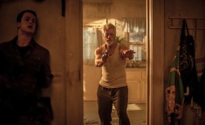 In Deckung gehen ist eine gute Idee (© Sony Pictures Germany)