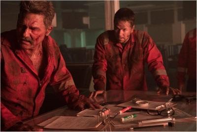 Mike und Jimmy kämpfen ums Überleben (© StudioCanal)