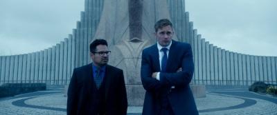 Bob und Terry lernen die Schattenseiten ihres Jobs kennen (© Constantin Film)