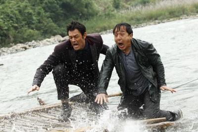 Benny und Connor in argen Problemen (© Universum Film)
