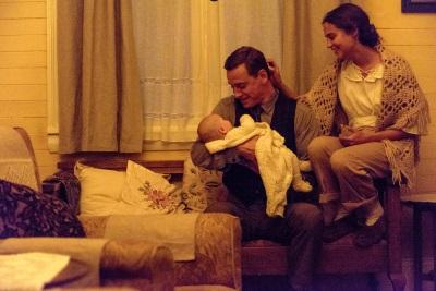 Alles wirkt, als ob hier die perfekte Familie zu sehen ist (© Constantin Film)