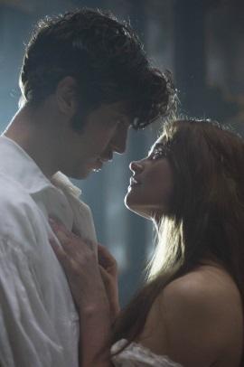 In Albert trifft Victoria den Mann ihres Lebens (© Edel)