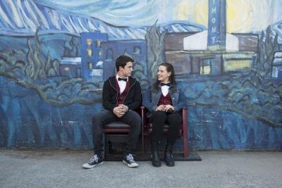 Hannah und Clay funken auf einer Wellenlänge (© Netflix)