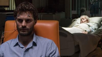 Dr. Pascal versucht, mehr über Louis zu erfahren (© Square One/Universum Film)