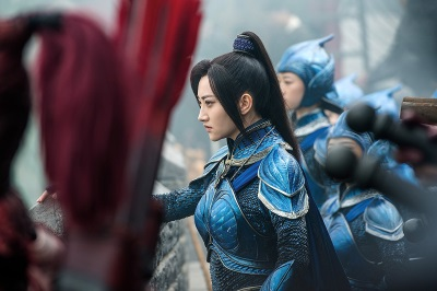 Kommandantin Ling vertraut in das Potenzial der Neuankömmlinge (© Universal Pictures Germany)