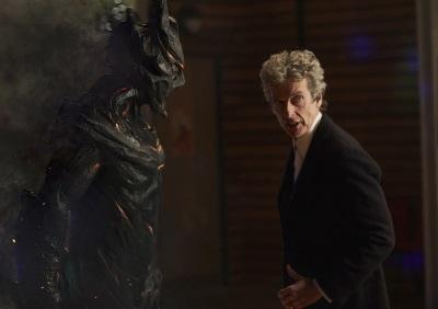 Auch der Doctor guckt mal in Coal Hill vorbei (© Polyband)