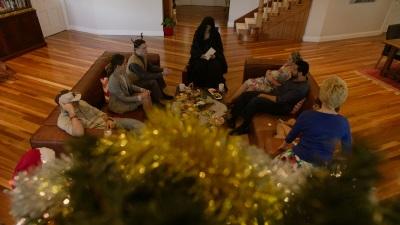 review red christmas blutige weihnachten filmkritik. Black Bedroom Furniture Sets. Home Design Ideas